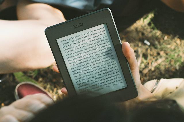 čtečka Kindle.jpg